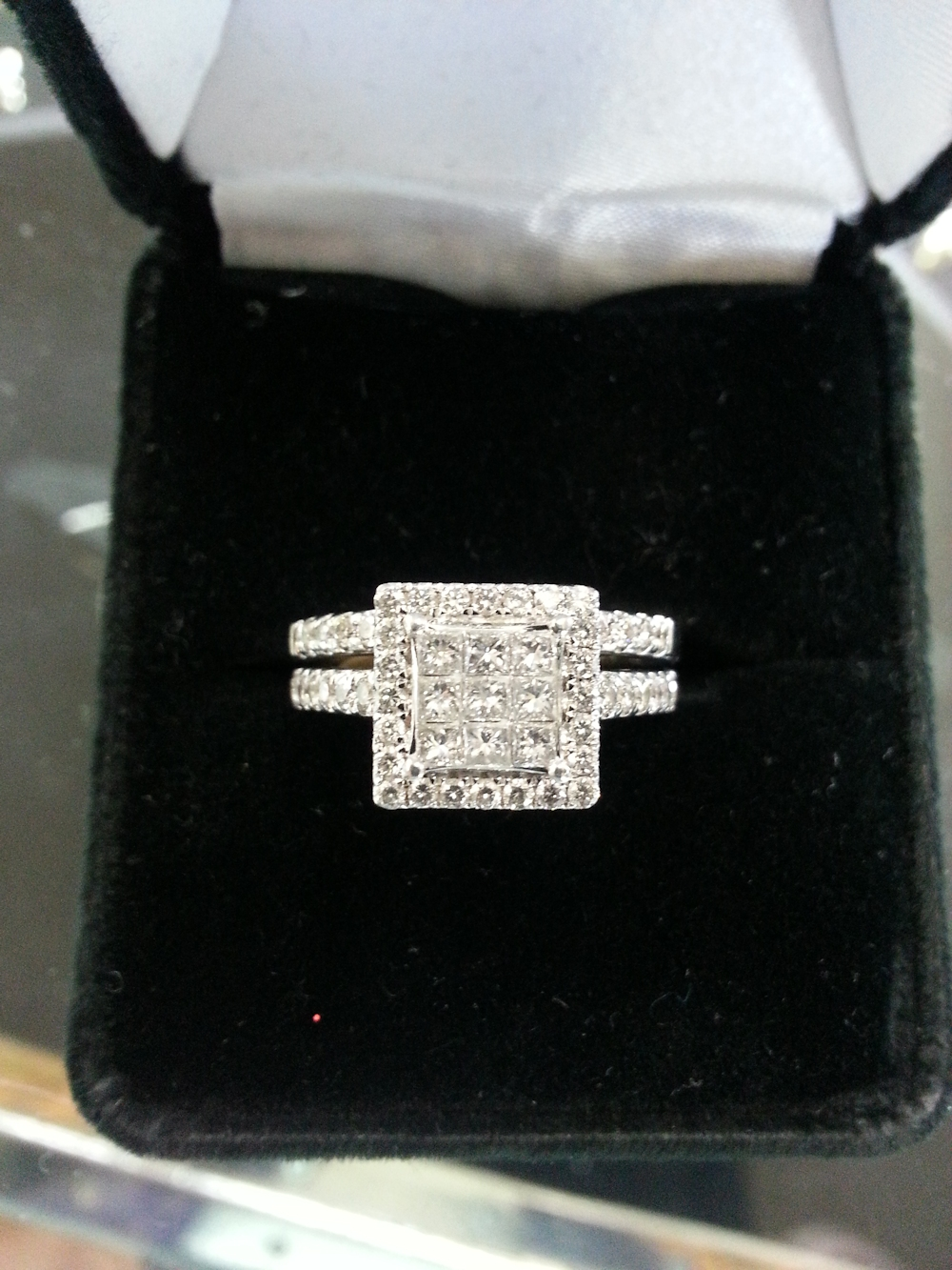 White Gold Wedding Set